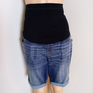 Liz Lange Maternity Jean Shorts Size Medium